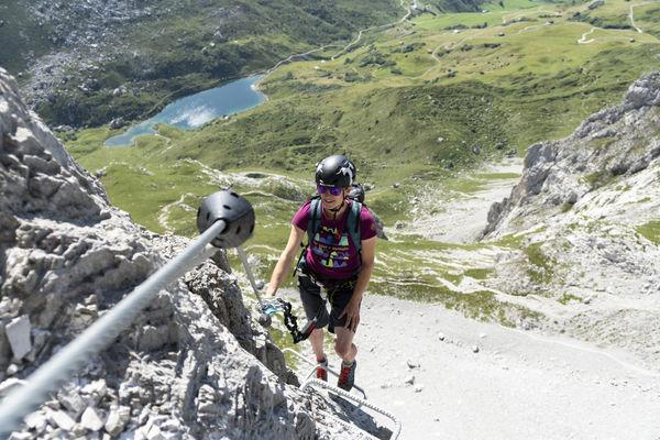 Klettersteig Partnunblick mit Sicht auf den Partnunsee