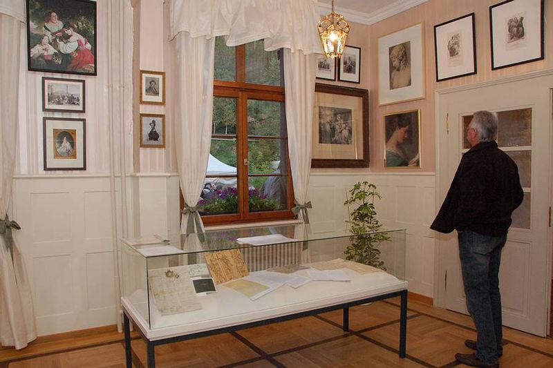 museum le petit salon winterhalter liftverbund feldberg. Black Bedroom Furniture Sets. Home Design Ideas