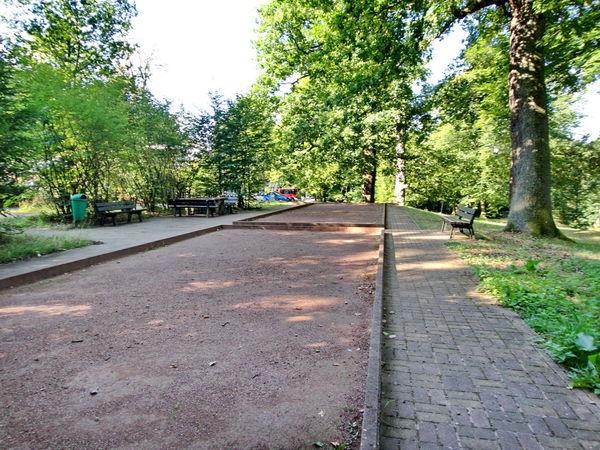 Boulebahn im Elstersteinpark