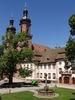 Klosterhof mit Breisacher Brunnen