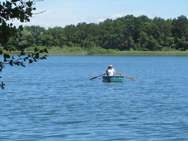 Angler auf dem Wasser, Foto: Seenland Oder-Spree/Sandra Ziesig