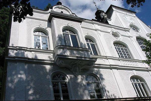 Schloss Inleiten.
