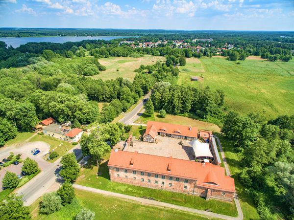 Luftbild - Burg Storkow mit großem Storkower See