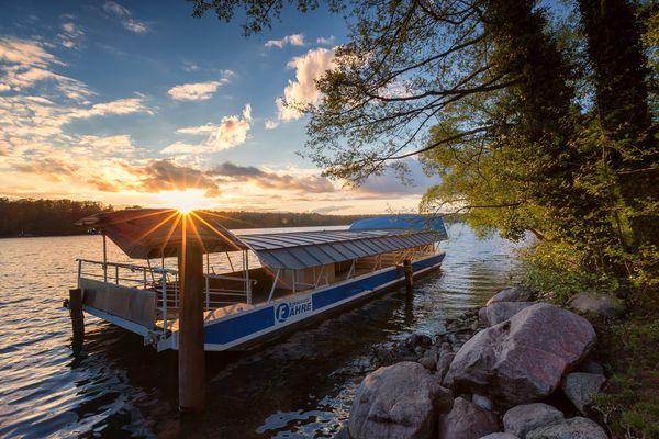 Strausseefähre am Straussee, Foto: Seenland Oder-Spree e.V./Florian Läufer
