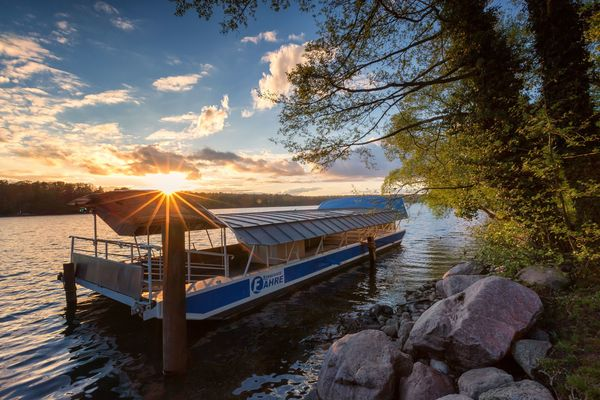 Strausseefähre, Foto: Florian Läufer, Lizenz: Seenland Oder-Spree