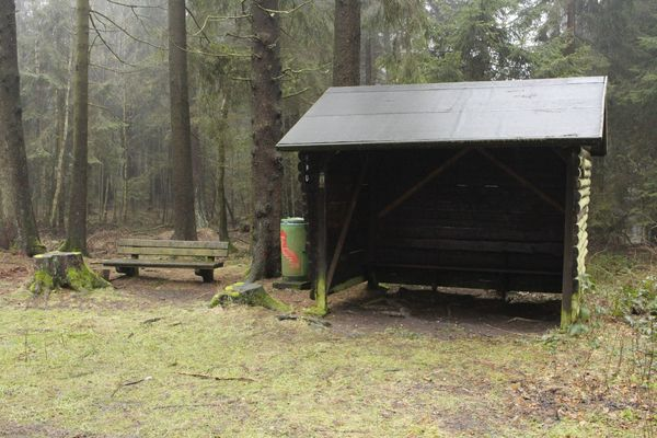 Sie Schutzhütte Waldeshöh