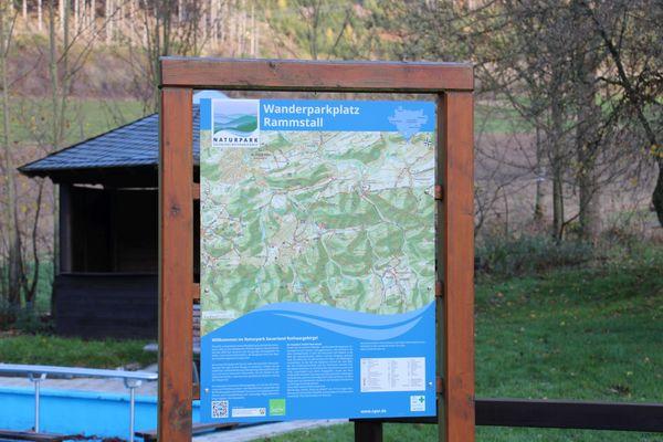 Willkommen auf dem Wanderparkplatz Rammstall
