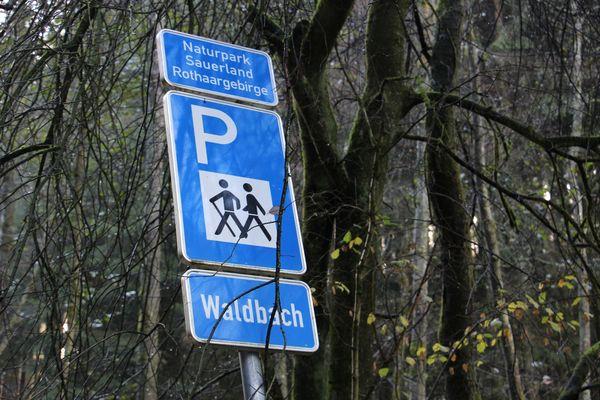 Herzlich Willkommen auf dem Wanderparkplatz Waldbach