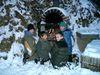 Würstl grillen im Winter im Kinderlandort Thrumansbang im Bayerischen Wald