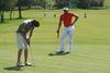 Einlochen auf der 24-Loch-Golfanlage in Raßbach bei Thyrnau