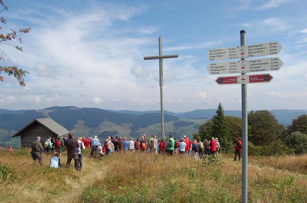 Wandergruppe auf dem Blößling