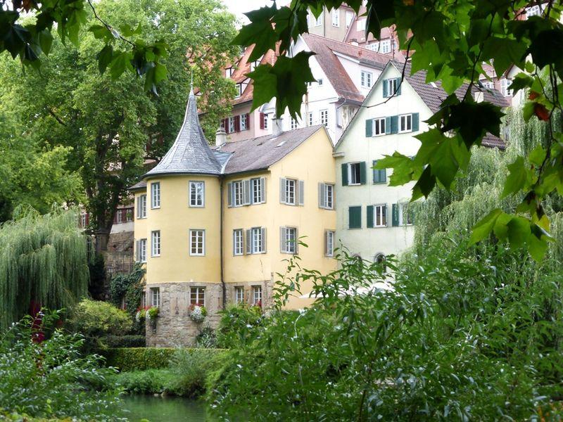Hölderlinturm in Tübingen, Wahrzeichen am Neckar