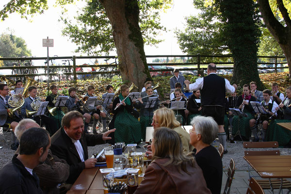 Biergarten des Bräustüberls Maxlrain.