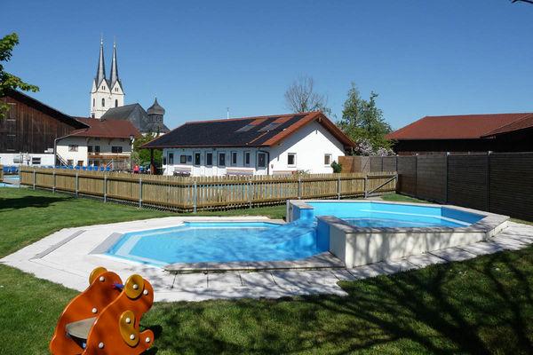 Kinderbecken im Schwimmbad Tuntenhausen.