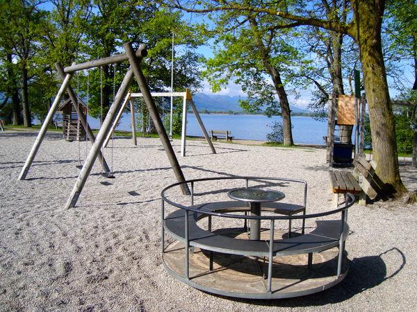 Spielplatz des Strandbades Übersee.