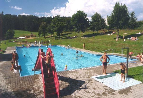 Freibad Lämmersdorf bei Untergriesbach im Passauer Land