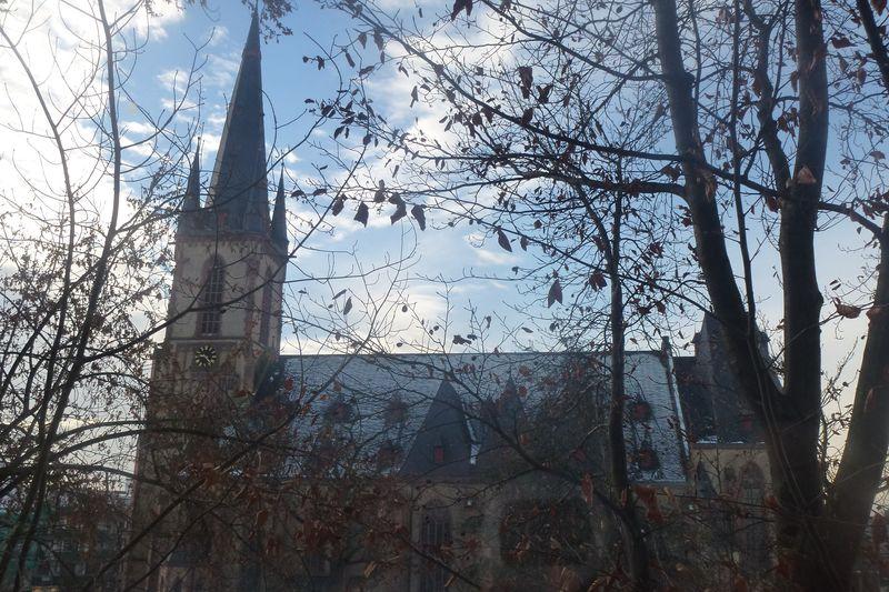 Kath. Pfarrkirche St. Aposteln
