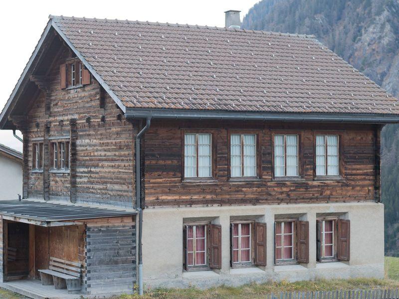 Gruppenhaus Cons