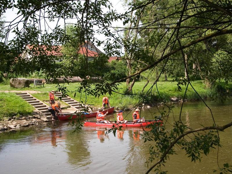 Einstieg in Nittenau im Landkreis Schwandorf zur Bootstour auf dem Fluss Regen