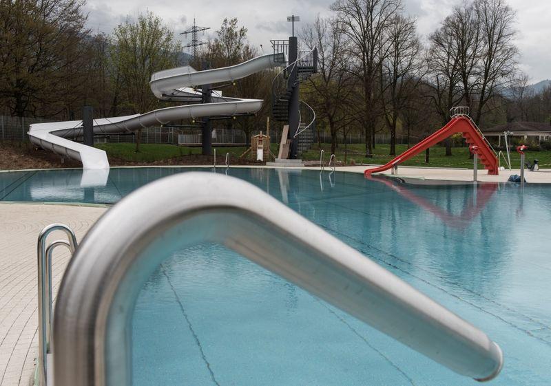 freibad ge ffnet baden w rttemberg schwimmbad und saunen. Black Bedroom Furniture Sets. Home Design Ideas