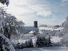 Blick auf die Kirche in Neureichenau im Winter