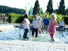 Spaß beim Wassertreten im Kurpark Erlauzwieseler See bei Waldkirchen