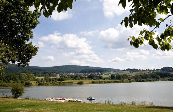 Erlebnisparadies Perlsee bei Waldmünchen im Naturpark Oberer Bayerischer Wald