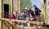 Kinder in der Räuberburg im Erlebnisspielplatz am Perlsee