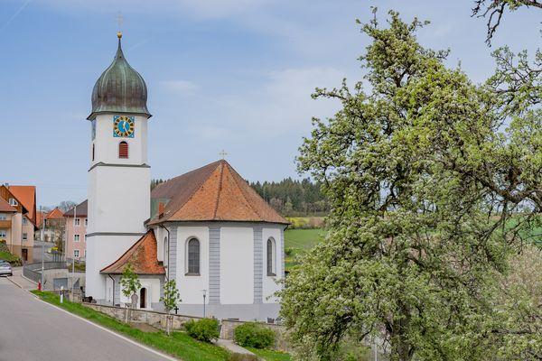 Kirche in Oberalpfen