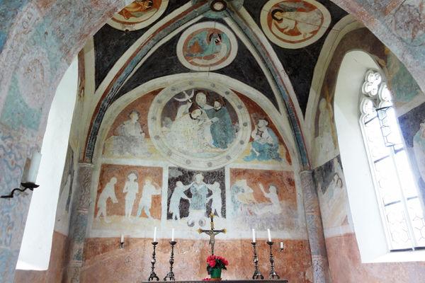 Spätgotische Fresken in der Laurentiuskirche in Zell bei Wasserburg am Inn.