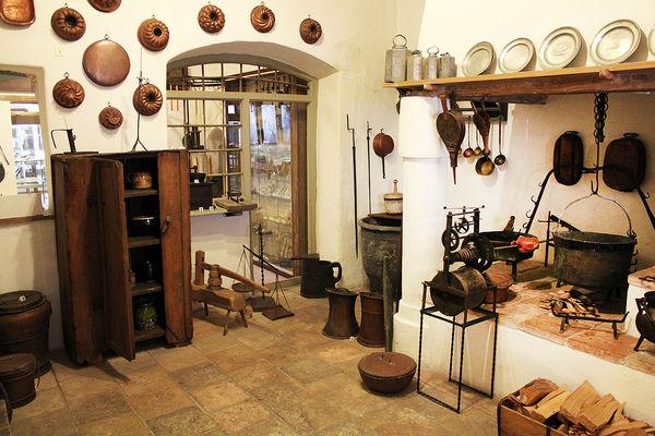 Historische Küche im Museum Wasserburg.