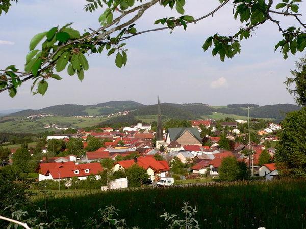 Wegscheid, ein anerkannter Erholungsort, gehört zu den schönsten Ferienorten des Südlichen Bayerischen Waldes.