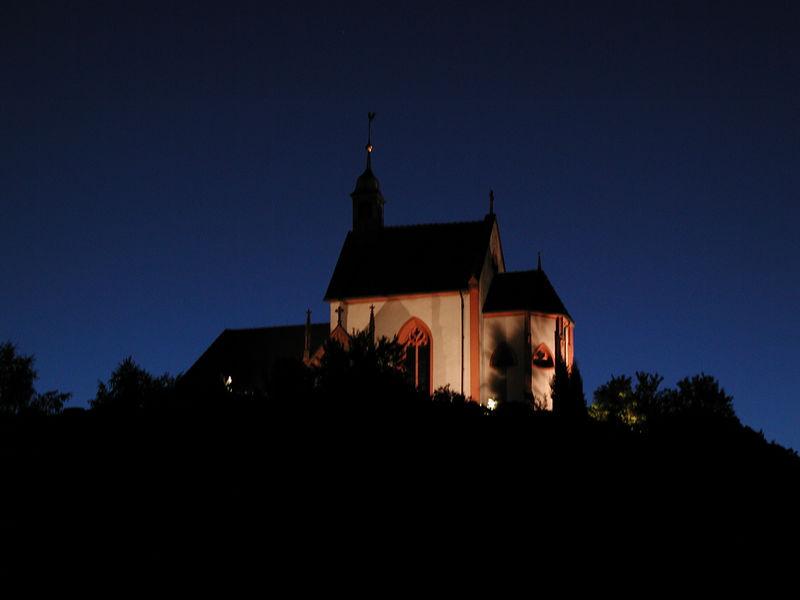 Wendelinuskapelle in Weisenbach bei Nacht