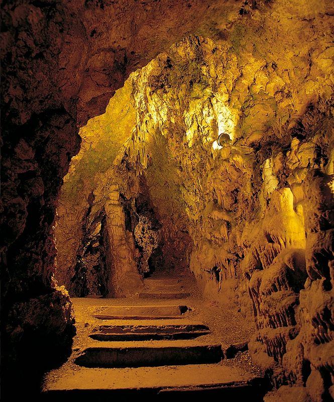 Westerheim Schertelshöhle