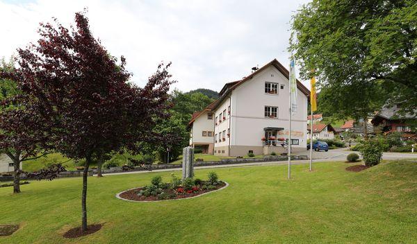 Rathaus und Tourist Information