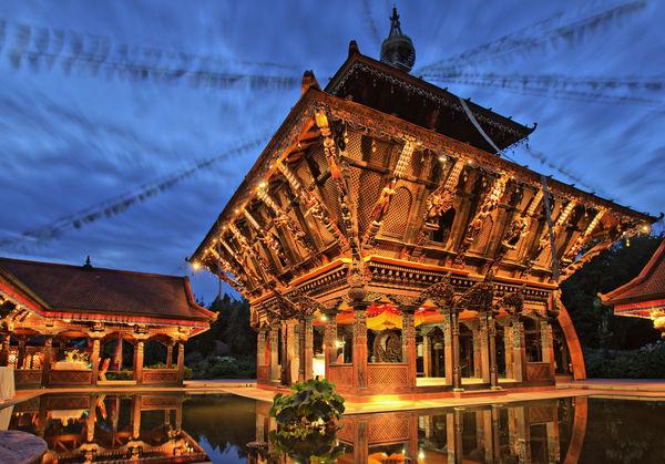 Stimmungvoll: Der Nepal-Himalaya-Pavillon in Wiesent