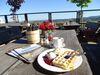 Kaffee auf der Terrasse der Graf Stolberg Hütte