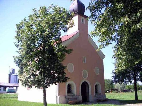 Die Aukapelle in Winzer im Deggendorfer Land in der Region Bayerischer Wald
