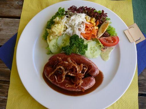 Den Flößerteller gibt es in ausgewählten Restaurants entlang des Flößerpfads.