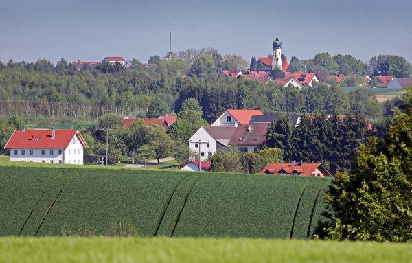 Aussicht von Wolfersdorf über Ruhpalzing nach Oberhaindlfing
