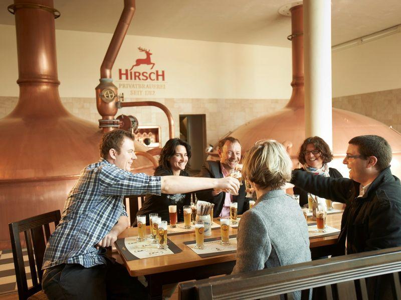 Bierprobe in der Bierwelt der Hirsch Brauerei Wurmlingen