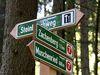 Wegweiser auf dem Zachenberger Steinbruchweg im ArberLand Bayerischer Wald