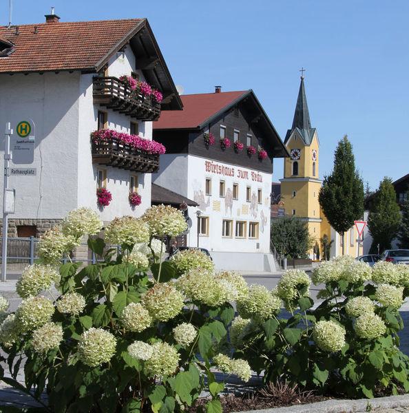 Hotel Früchtl in Zandt: Ausleihmöglichkeit für E-Bikes