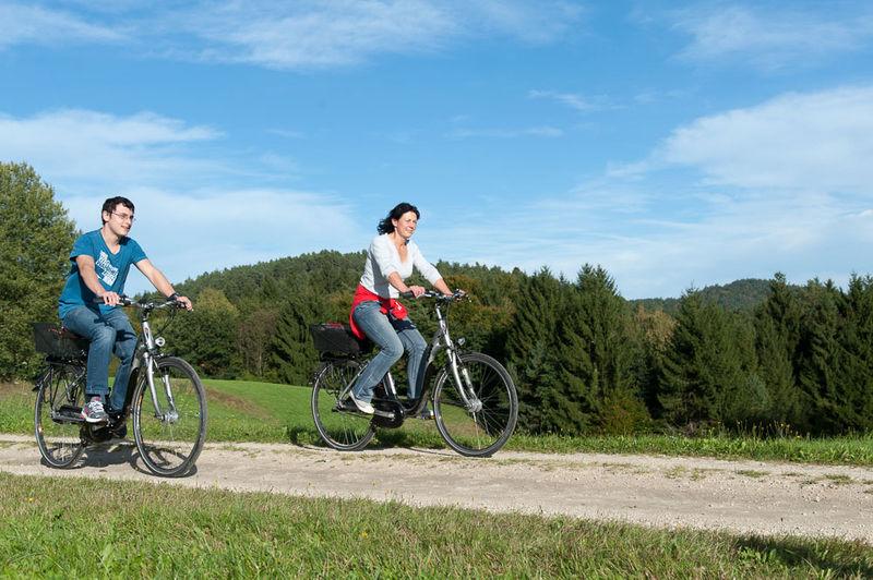 Landhotel Neuhof : Verleih von E-Bikes