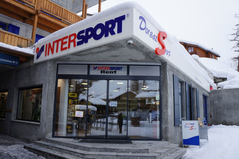 Klettersteigset Intersport : Dorsaz sport intersport talstation matterhorn glacier paradise