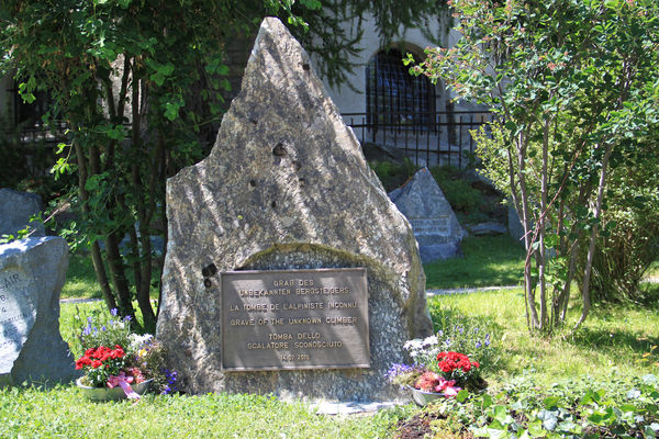 A rock from the north wall of the Matterhorn as a tombstone reminds us of the missing and deceased on the Matterhorn.