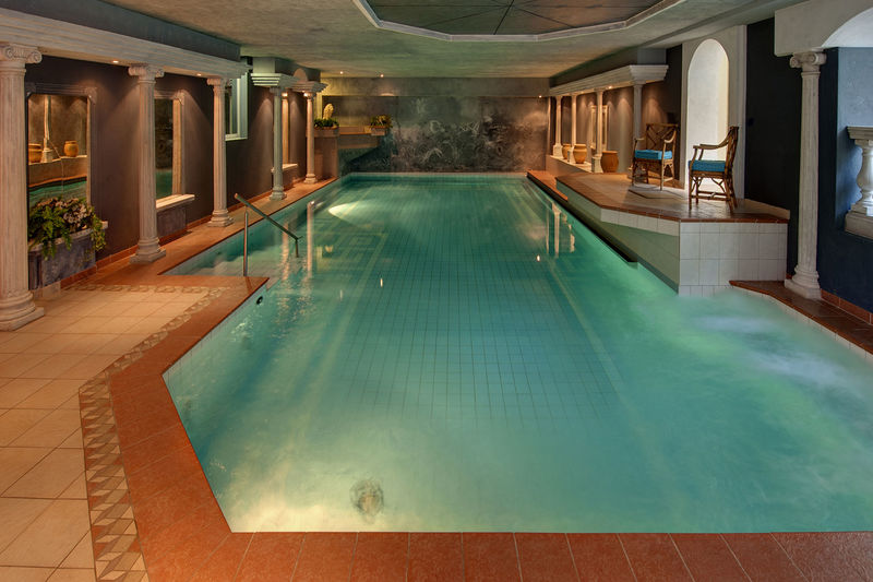 Children are also allowed to use the indoor swimming pool.
