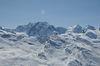 Le Liskamm possède un sommet est et ouest et s'étend sur env. 2,5 km.