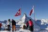 Von der Bergstation Rothorn geniesst man eine herrliche Sicht auf die höchsten Walliser und Schweizer Berge.