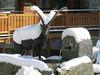 Zermatt: ein grosser Steinbock ziert den Brunnen beim Englischen Viertel.